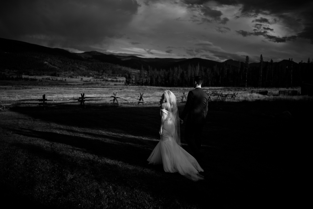 AMANDA + ANDY :: DEVIL'S THUMB RANCH WEDDING PHOTOGRAPHERS